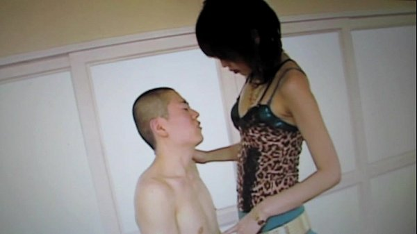 Japanese tall girl fucks small guy